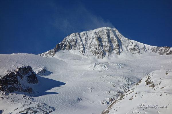 Galenstock mit eindrücklichem Schneebrett
