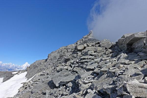 Schuttig - Blockiger Gipfelgrat Monte Leone