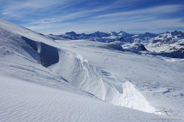 Nein, keine Gletscherspalte - Windwerk!