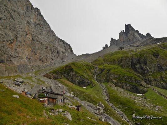 Im Abstieg...Blick zurück zum Spannort und der gleichnamigen Hütte