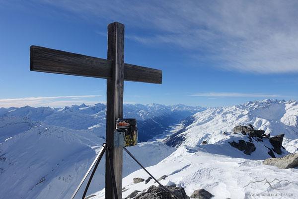 Am Gipfel des Chli Furkahorns