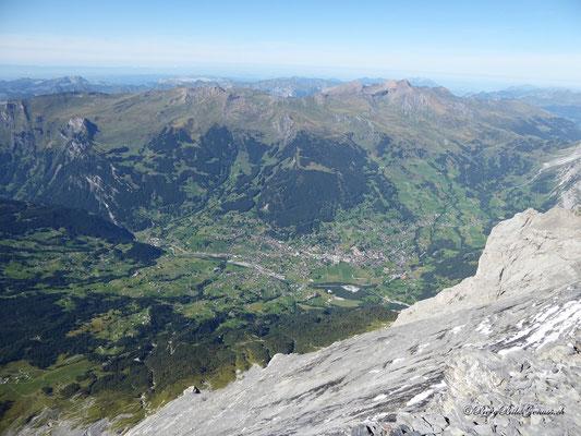 Weit unten liegt Grindelwald..