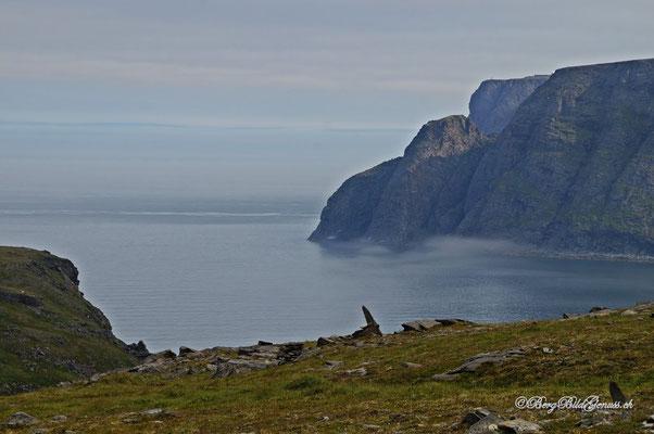 Sicht über den Sandfjord zum Nordkapp