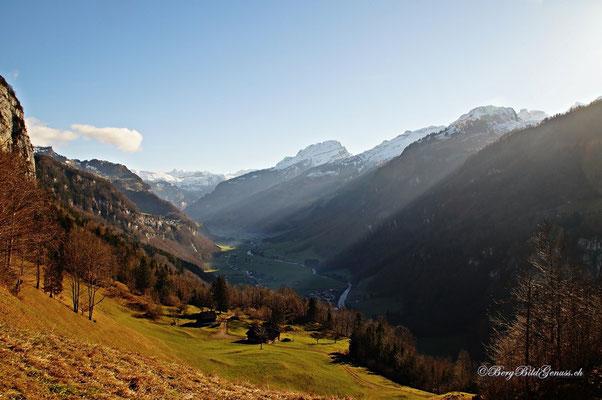 Dezember...und die Landschaft erinnert noch nicht an ein Winterwunderland