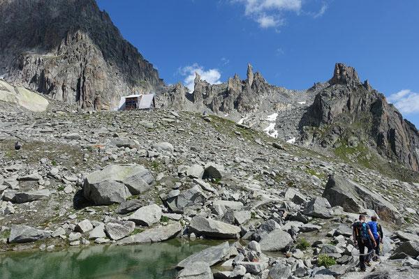 Sidelenhütte in Sicht