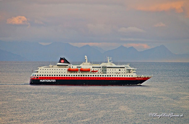 Hurtigruten im Zoom