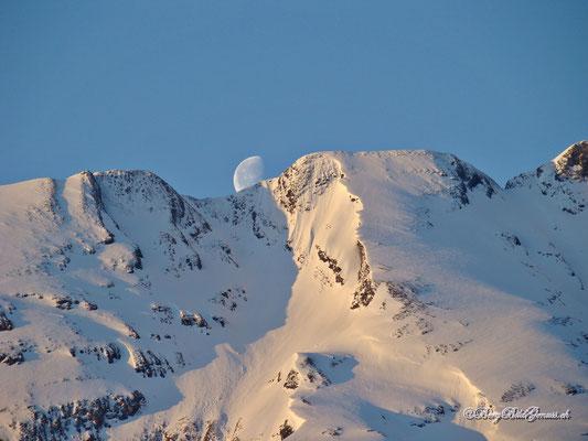Mond am Wasserberg