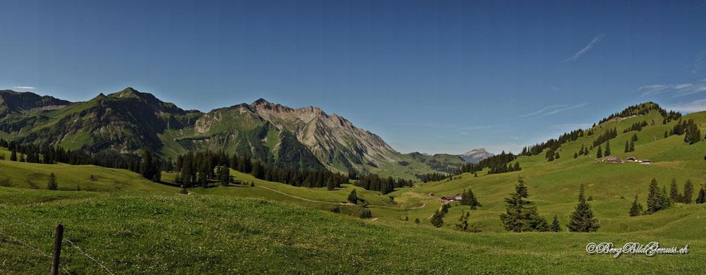 Friedliche Landschaft...