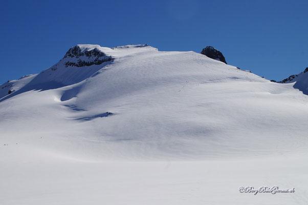 Der breite Rücken des Sustenhorns