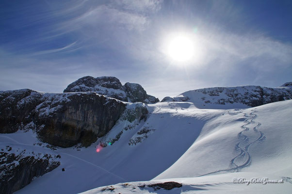 Ziel in Sicht...der Gipfel auf der linken Seite ist der Wyss Nollen