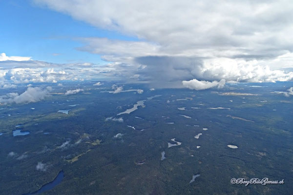 Und noch ein bisschen Finnland von oben...