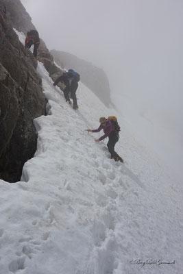 Der Schnee ist weicher geworden - Vorsicht ist angebracht.