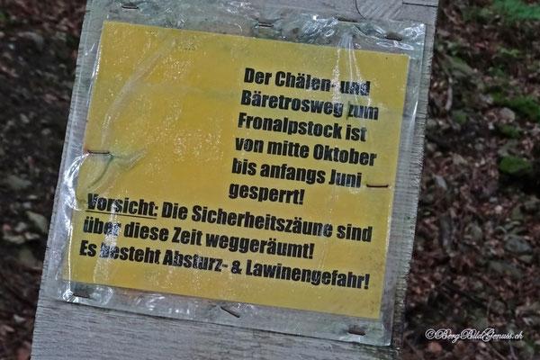 Hinweis beim Abzweiger an der Stoosstrasse