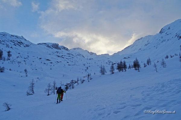 Vor uns das Val Cavagnolo