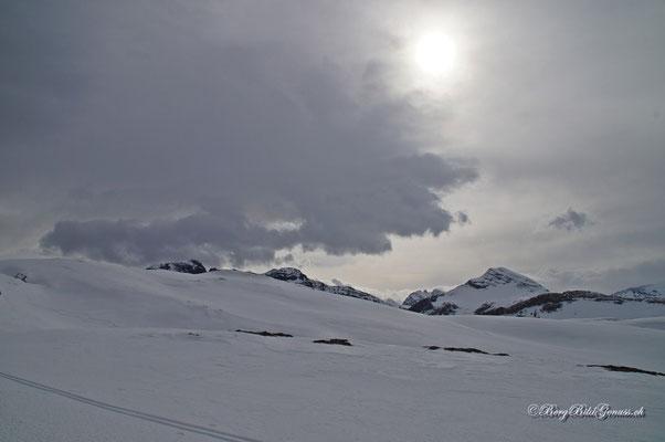 Gern besuchte Gipfel tauchen auf..