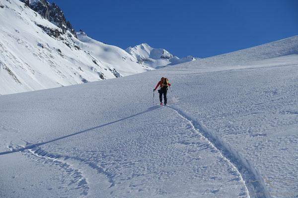 Nachmittäglicher Aufstieg zur Rotondohütte