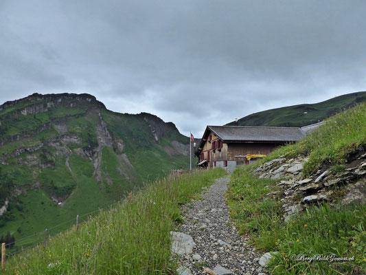Rückblick zur Alp Laui - Einkehr sehr empfehlenswert!