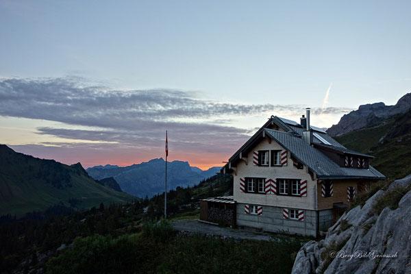 Morgenstimmung bei der Lidernenhütte