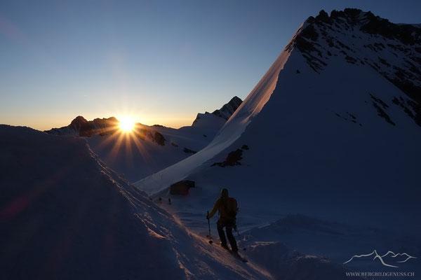Skitourenidylle frühmorgens..