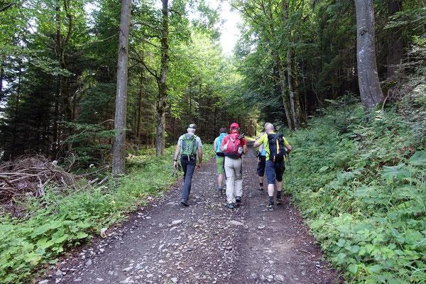 Es geht los...die Flachlandhausener tun erste Schritte in der Innerschwyz..
