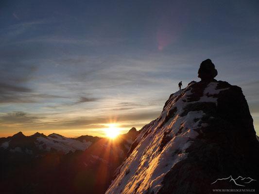 Sonnenaufgang am Eiger Mittellegigrat BE