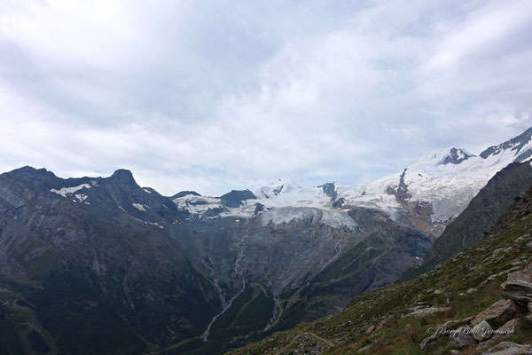 Sicht ins Hochgebirge