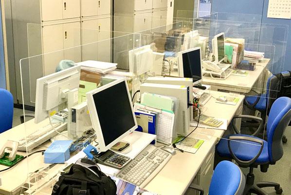 事務所机特注間仕切りパネル(アクリル透明t5/組立て式/オーダー品)