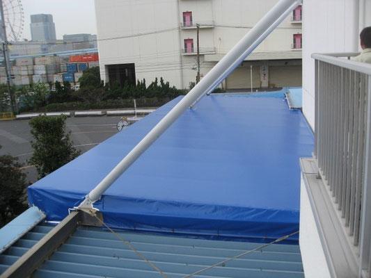 倉庫屋根・大型テント