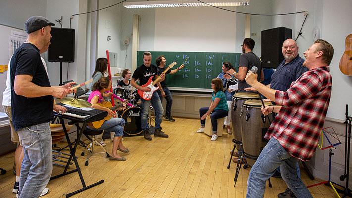 Fachlehrerausbildung für musisch-technische Fächer - Ausbildung im Fach Musik - 4