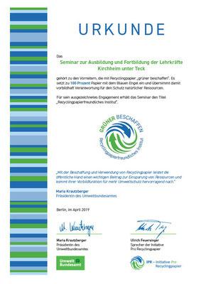 """Auszeichnung als """"Recyclingpapierfreundliches Institut"""""""