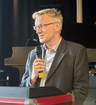 "Dr. Jelko Peters: ""Aus Studenten sind Lehrer geworden."" Foto: Ulrichs"