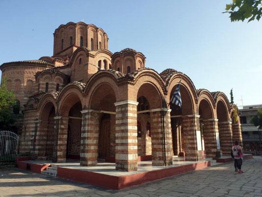 Historische Gebäude inmitten von Neubauten - ein Gesicht Thessalonikis. Foto: Ulrichs