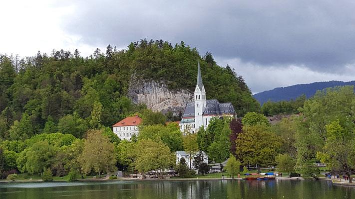 Blick auf den Bleder See und die Umgebung. Foto: Ulrichs
