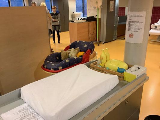 Die Vorbereitung auf Pflegeberufe ist im Rahmen der vmbo-Ausbildung möglich. Foto: Ulrichs