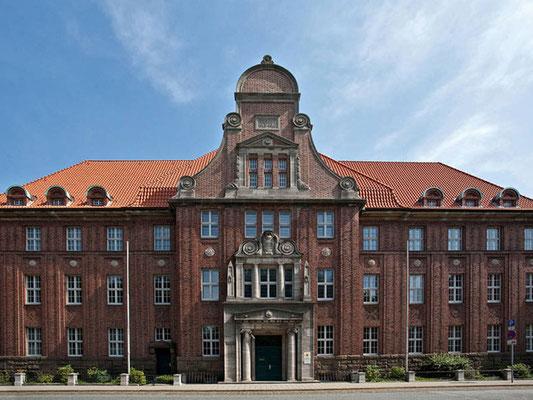 Referenz einer Fassadensanierung in Bremerhaven, Amtsgericht Bremerhaven