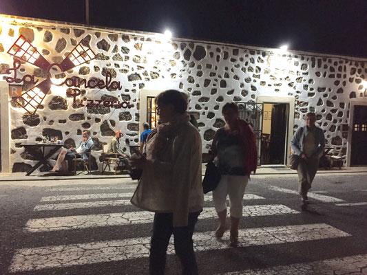 unterwegs zum letzte essen in Lajares