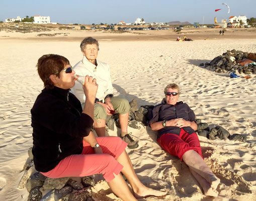 gemütlich am Playa de Concha in El Cotillo