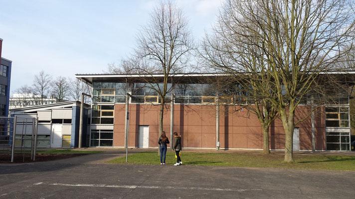 Die moderne Wolfgang-Obladen-Turnhalle