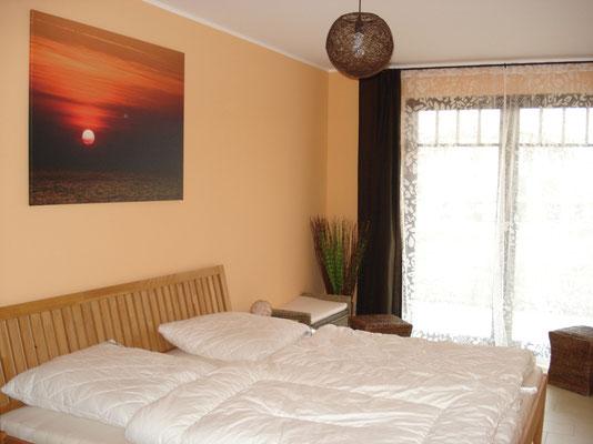 Das Schlafzimmer ganz gesund in Holz für besten Schlafkomfort und Meeresrauschen
