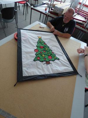 Klassischer Weihnachtsbaum.