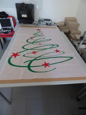 Moderner Weihnachtsbaum.