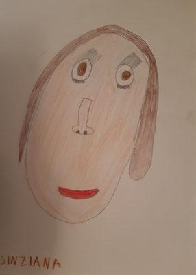 Sinziana Babaca, 6 Jahre, Bunstiftzeichnung, Mädchenporträt