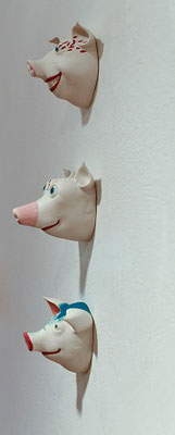 Schwein als Wandfigur, von Margit Russnig, a 42.-