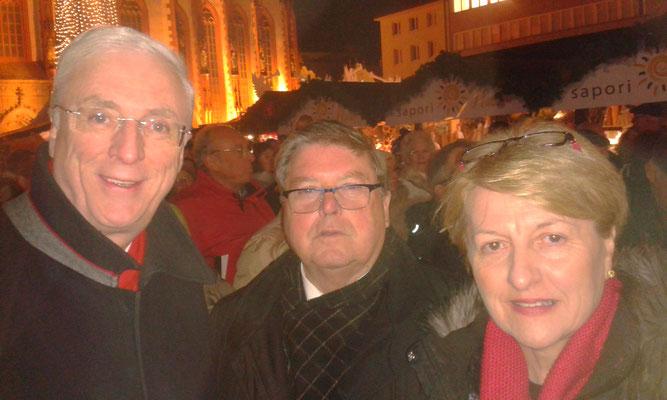 Eröffnung Weihnachtsmarkt, 01.12.2017 (Botschafter Michael Collins, Bürgermeister Dr. Adolf Bauer, Marie Collins)
