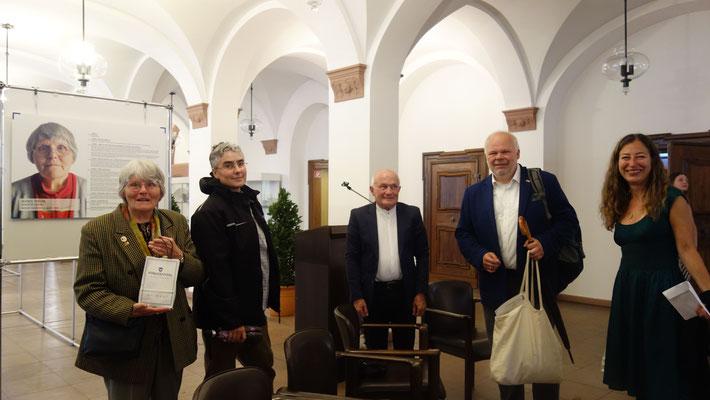 Operation Shamrock, Ausstellungseröffnung, 26.07.2017 (Agnes Thevis, Sabine Rubin, Klaus Armstrong-Braun, Matthias Fleckenstein, Monica Brandis)