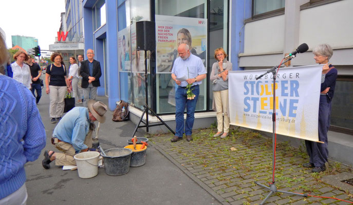 Verlegung eines Stolpersteines für Elise Süßer, 29.06.2017
