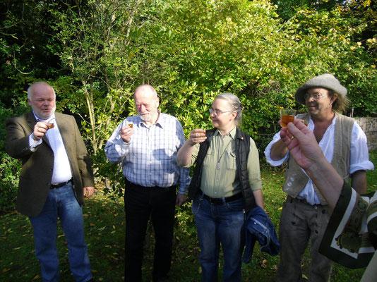 Einweihung des keltischen Kreuzes, 18.10.2014 (Matthias Fleckenstein, Jürgen Gottschalk, Gabi Wagner, Martin Linß)
