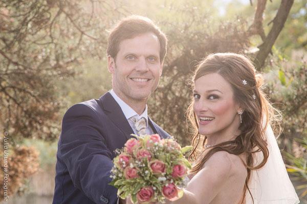 Brautpaar mit Brautstrauss in Thun