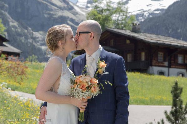 Kuss in den Bergen
