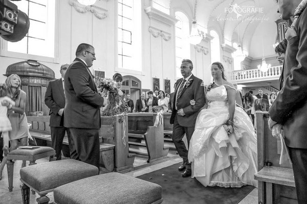 Brautpaar in Kirche Solothurn